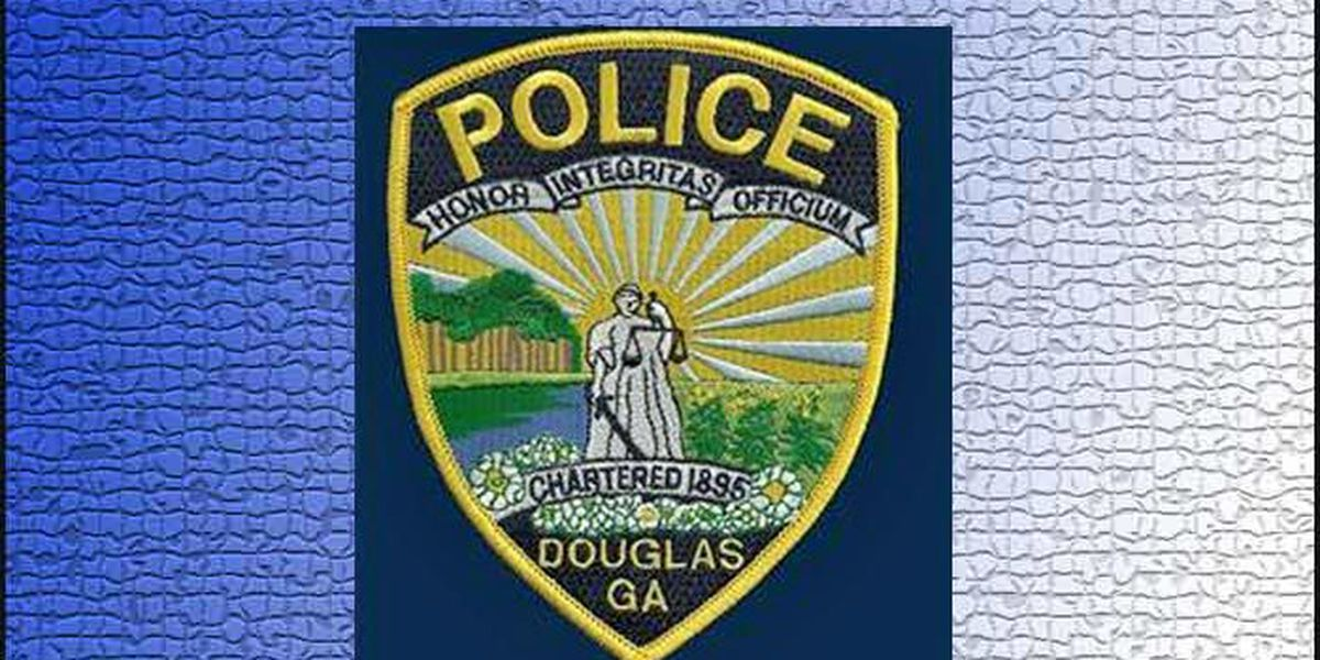 Douglas teen shot to death; girl in custody
