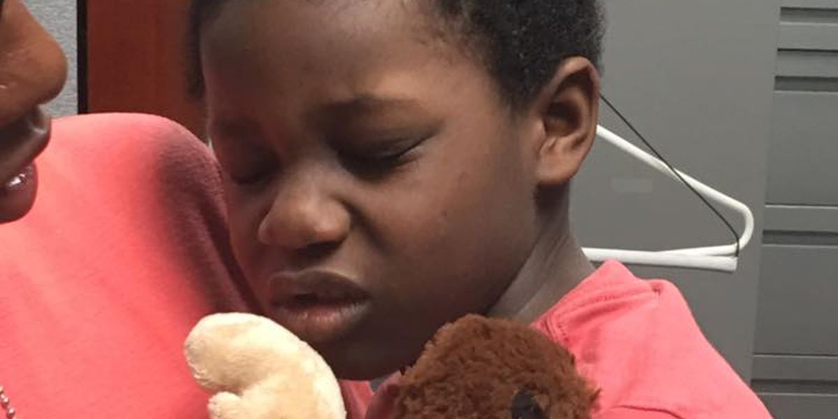 Police offer advice to parents after 5-year-old leaves home in early AM