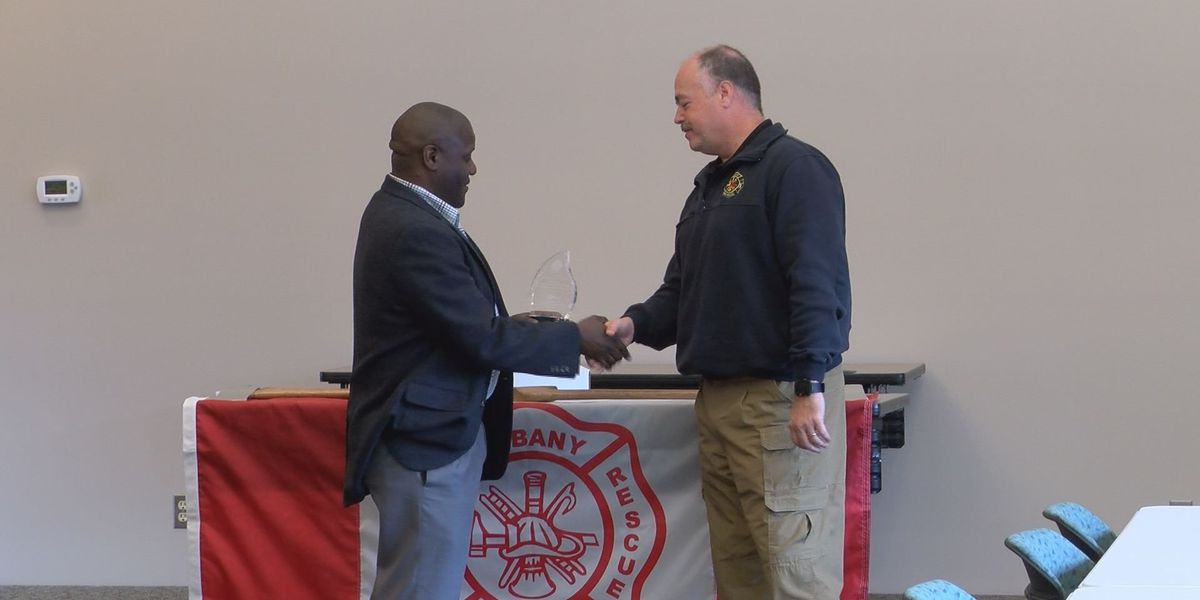 City and county workers honor Ron Rowe