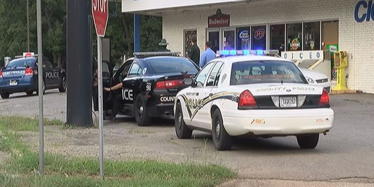 Manhunt for Dougherty County armed robber continues