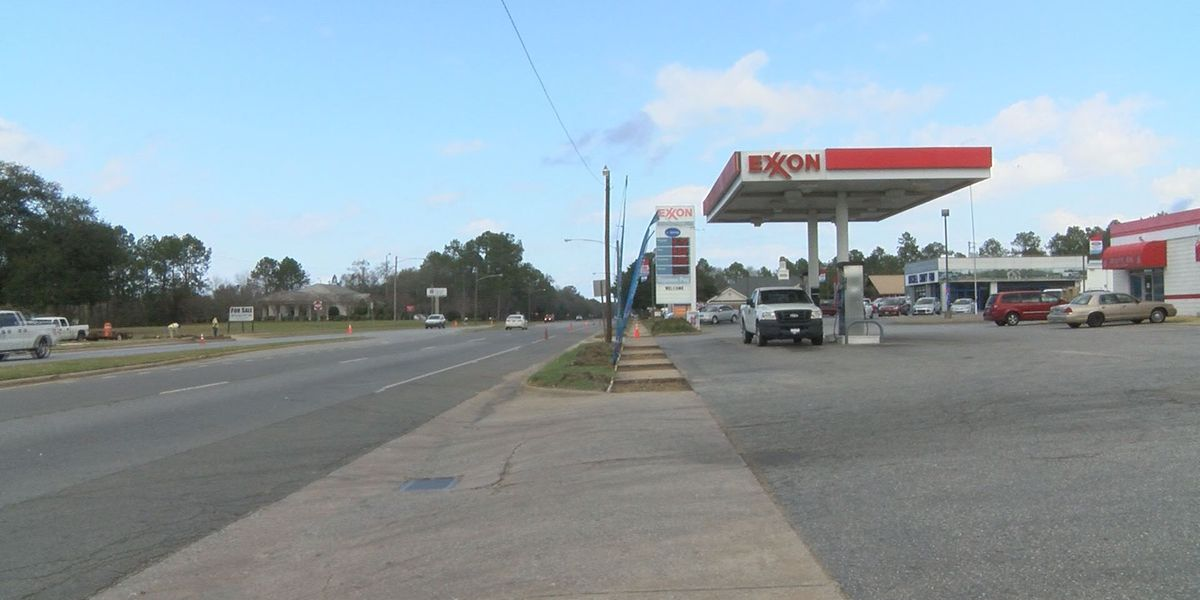 Water found in premium fuel at Camilla gas station