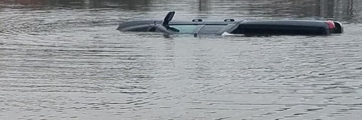 Dougherty County EMS rescues driver after landing underwater