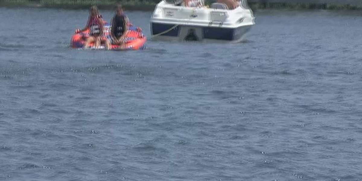 Families enjoy Lake Blackshear for end of Labor Day weekend