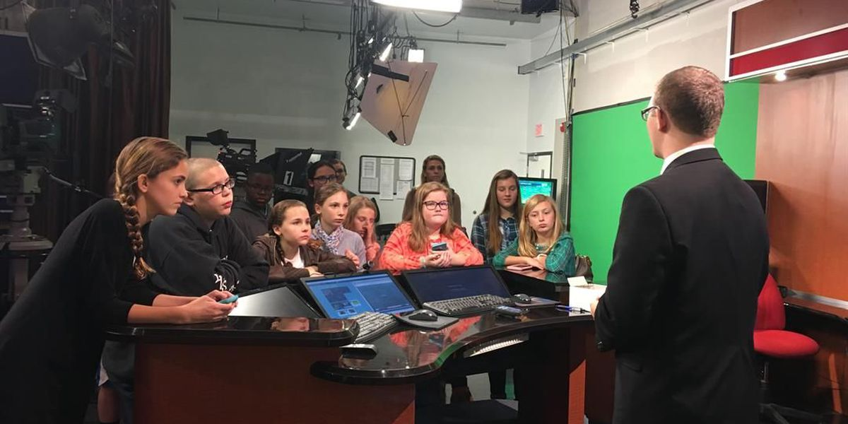 Lee Co. students meteorologists for a day at WALB
