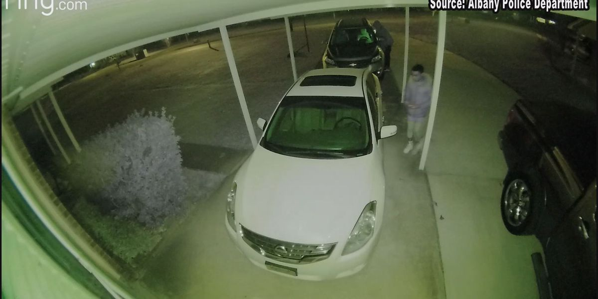 Home video captures three suspects breaking into car, victim furious