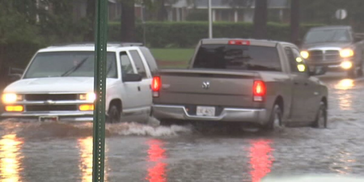 Lee Co. commissioners look to adopt stormwater utility fee