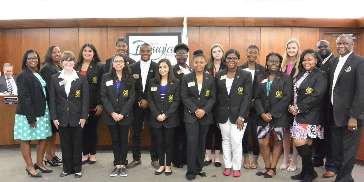 Douglas Mayor starts first city youth council