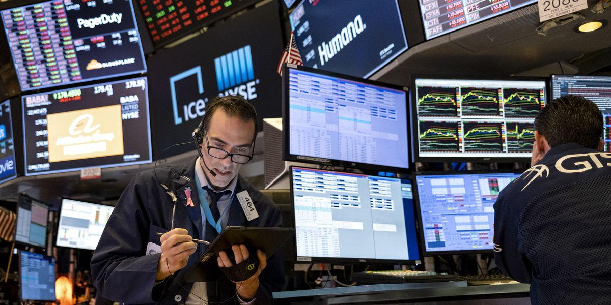Stocks fall, sending S&P 500 down more than 2%