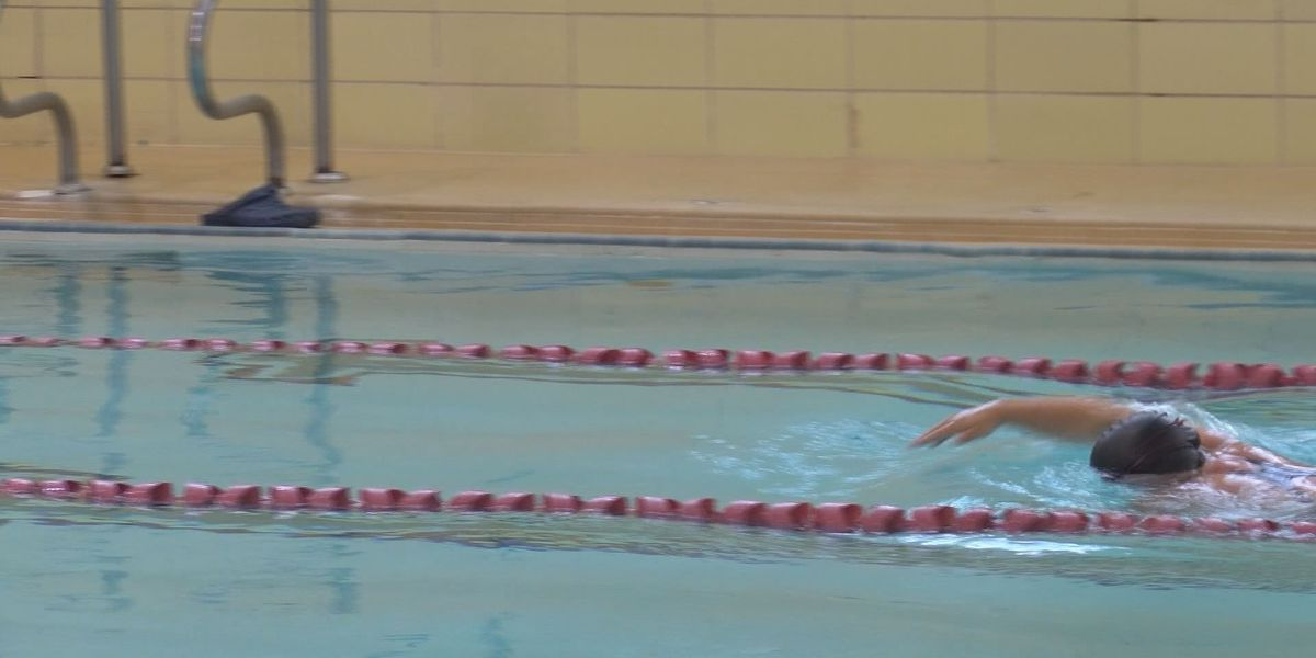 YMCA offers swimming lessons for kids with special needs