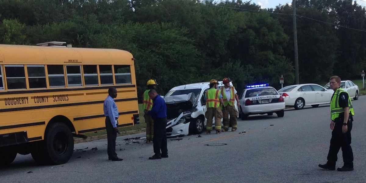 Police: One injured in South Albany school bus crash