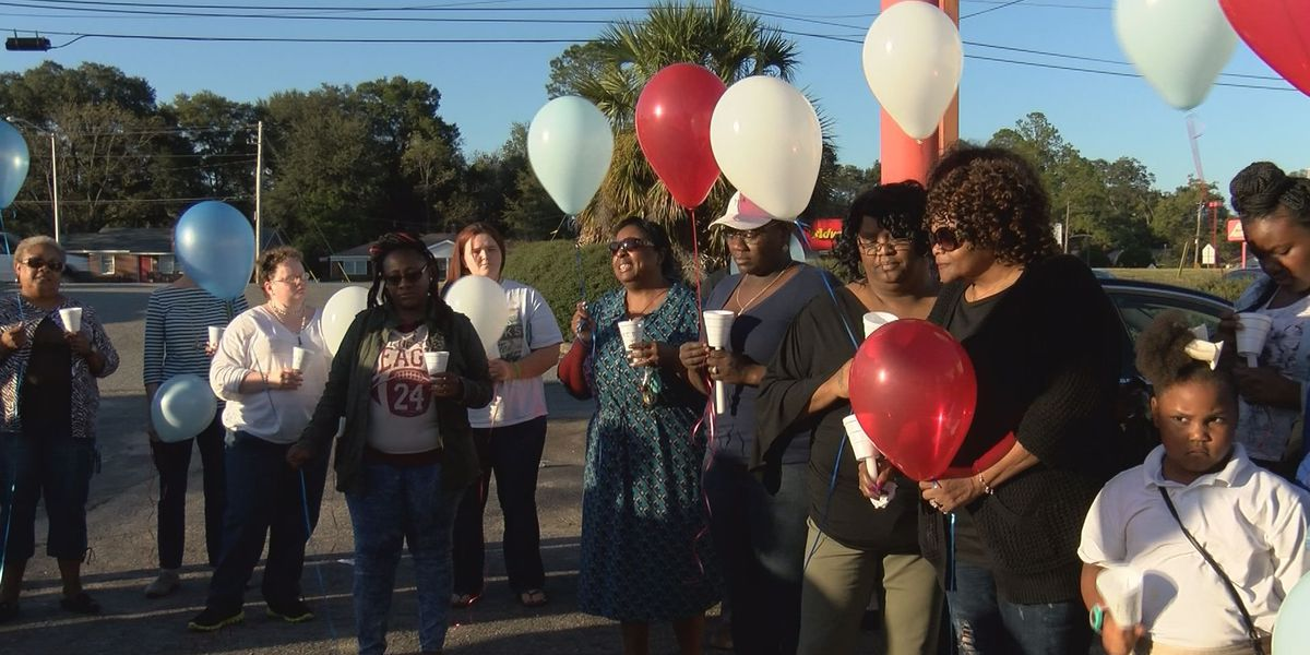 Vigil, balloon release held to honor victim in deadly Albany robbery