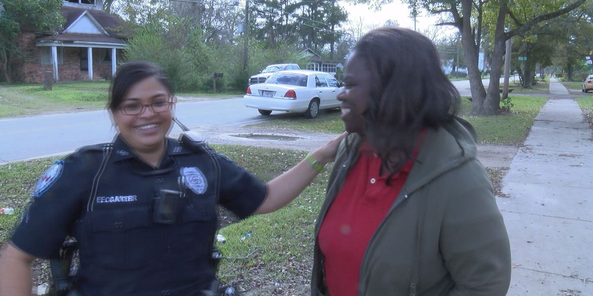 A family in need gets a Christmas surprise from police officers