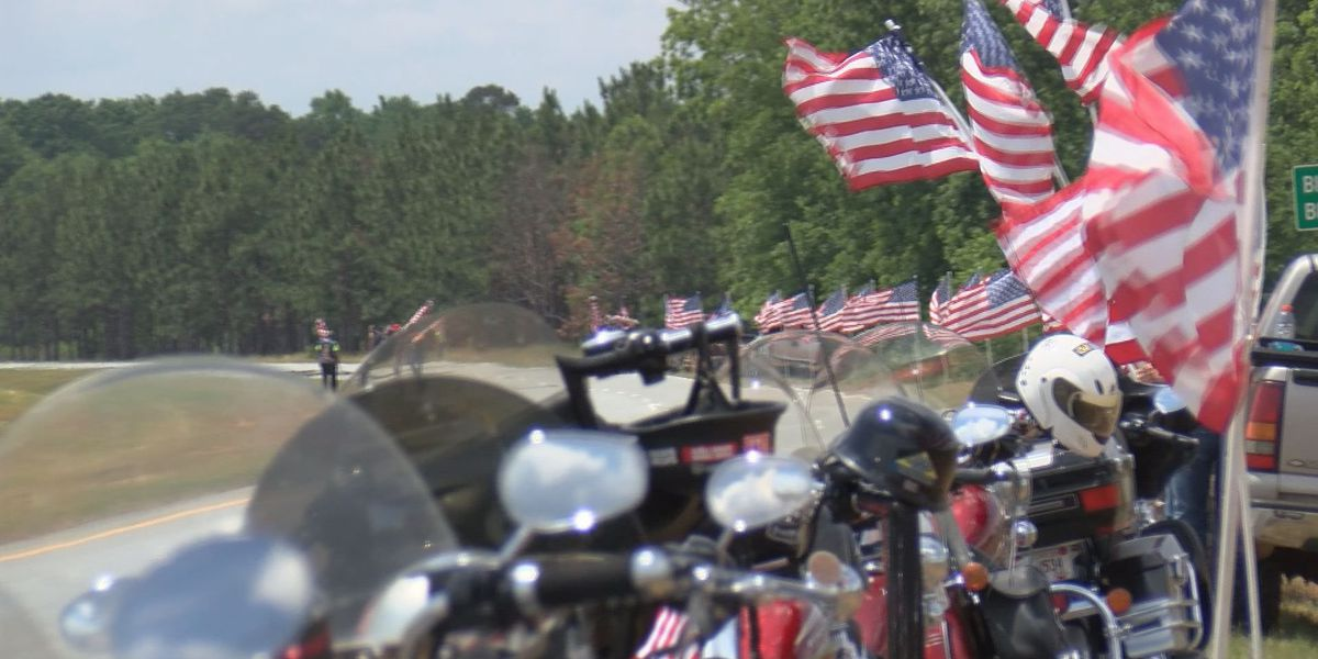 Residents welcome fallen soldier home