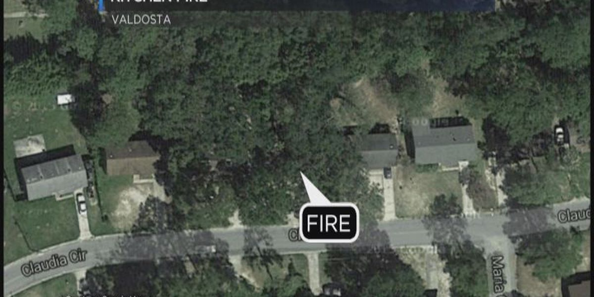 Kitchen fire leaves three people displaced in Valdosta