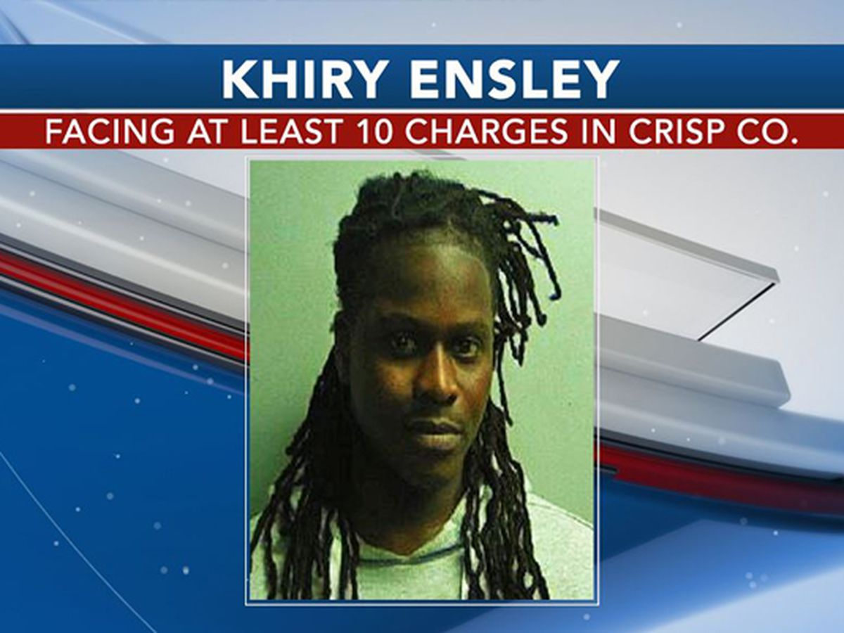 Jonesboro man facing several charges out of Crisp Co.
