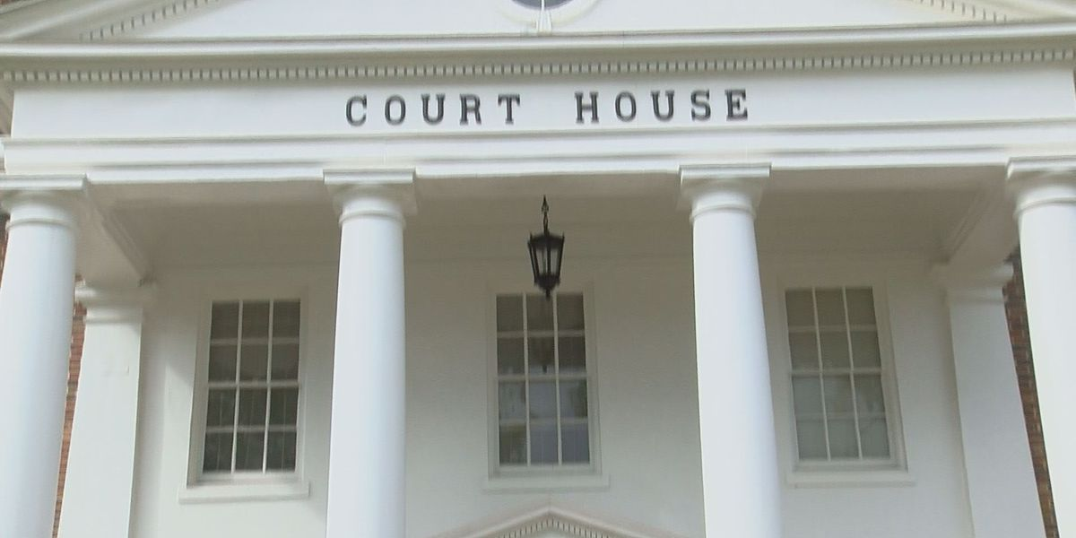 Calhoun Co. Courthouse closed to general public