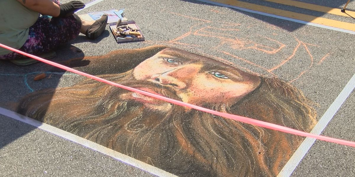 Thousands fill Pine Avenue to celebrate ChalkFest