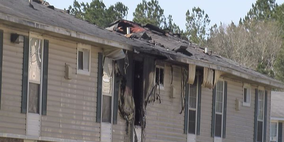 Child plays with lighter, burns down apartment units