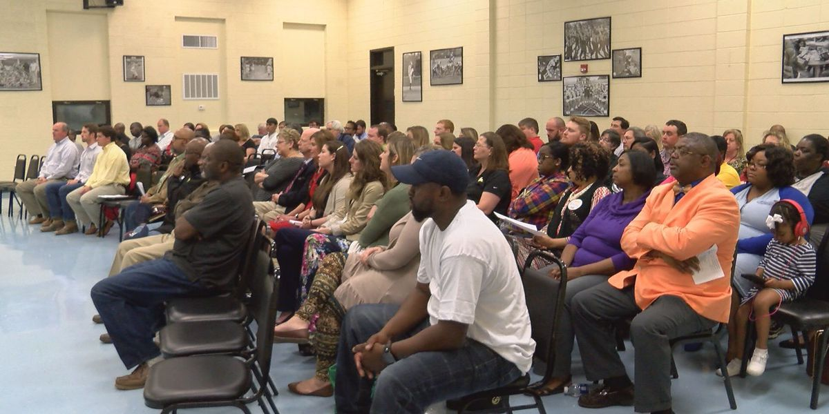 Worth Co. teachers upset over board's tenure proposal