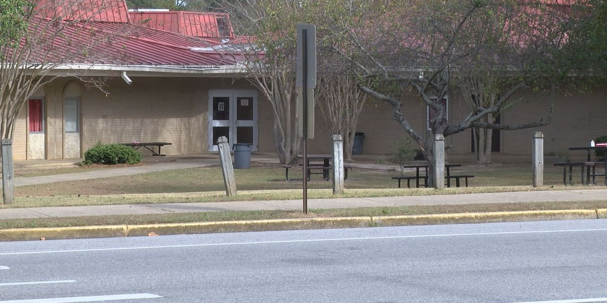 One student charged in Thomasville bomb threats