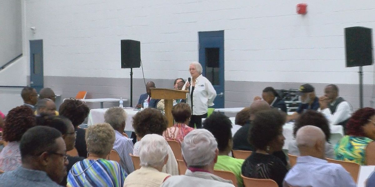 Albany residents discuss issues incoming mayor should focus on