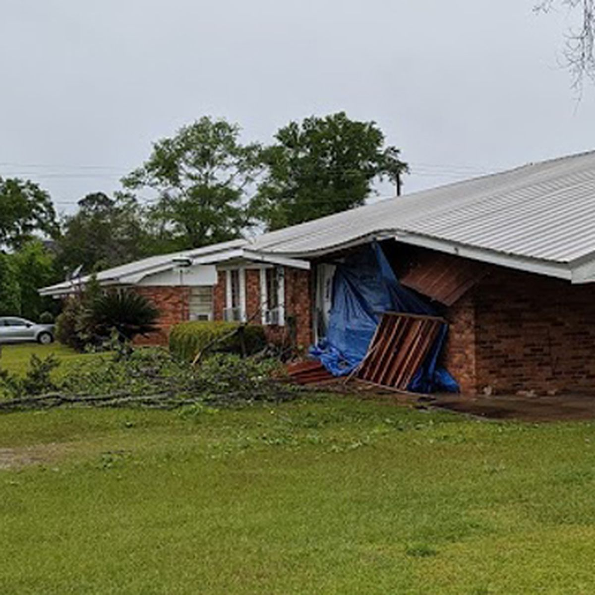 Seminole Co. family pick up the pieces after storm-damaged home