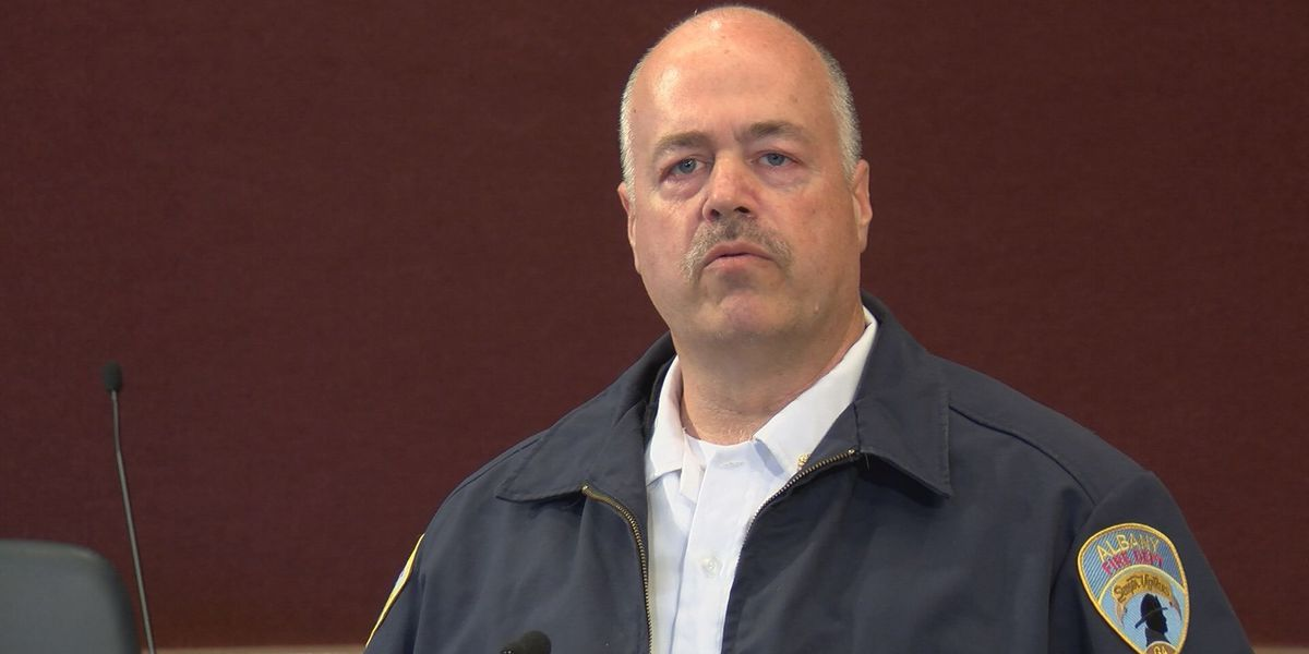 Albany fire chief and Dougherty Co. EMA director announces retirement