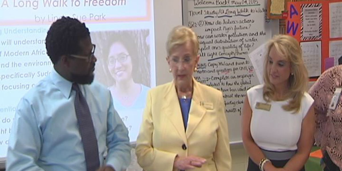 First Lady Sandra Deal visits Dougherty Co. Schools