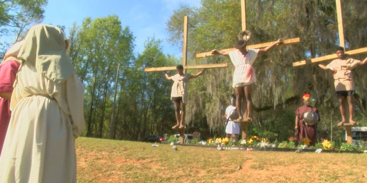 Baconton church celebrates Easter with crucifixion re-enactment