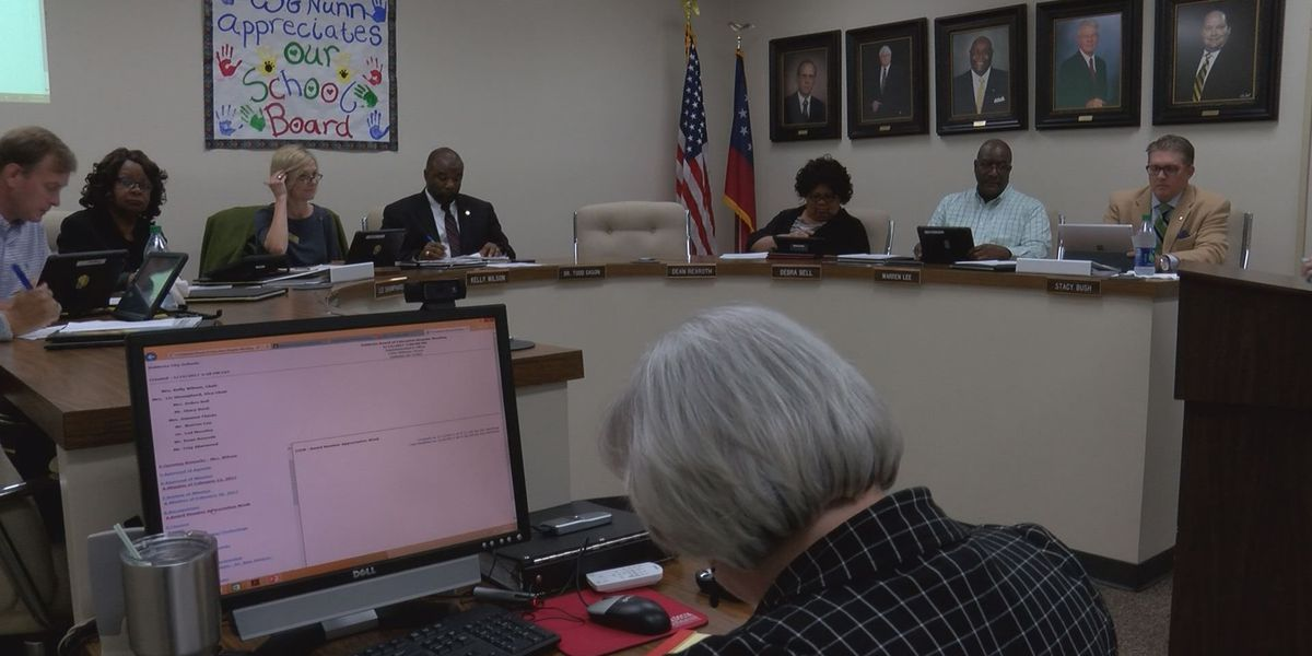 VCS leaders vote to change school start and end times