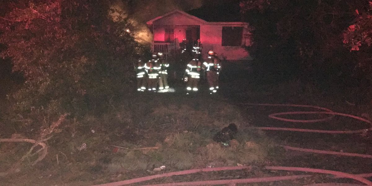 Crews work to ease fire in vacant Albany home