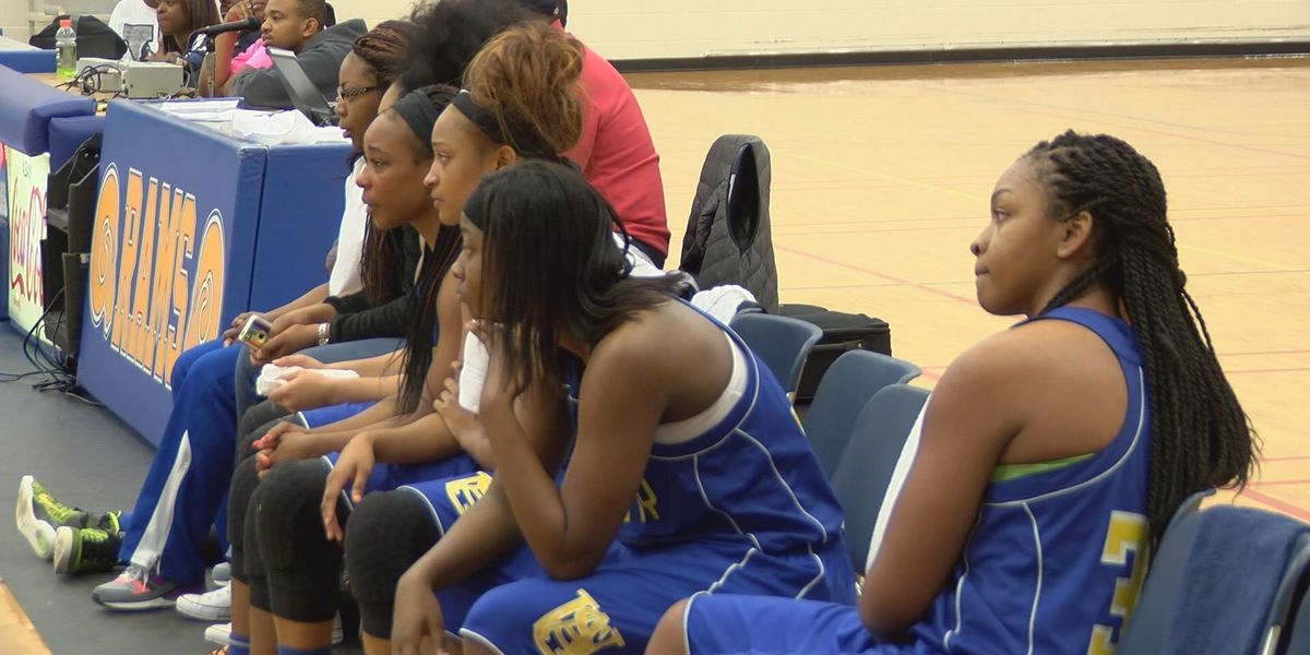 Golden Rams, Lady Rams blown out at home