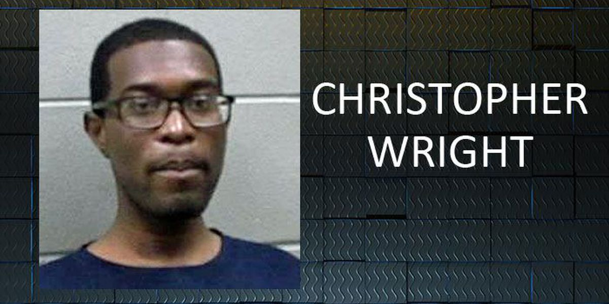 Dawson Mayor indicted; Posts bond, and released