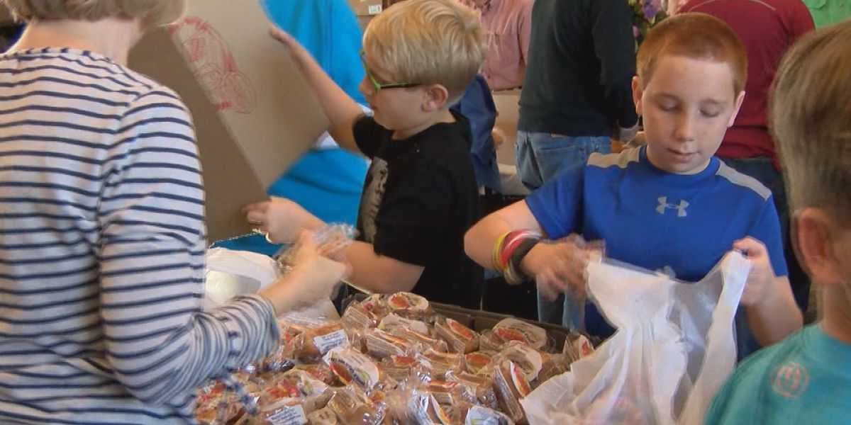 Seminole Co. students make lunches for storm victims