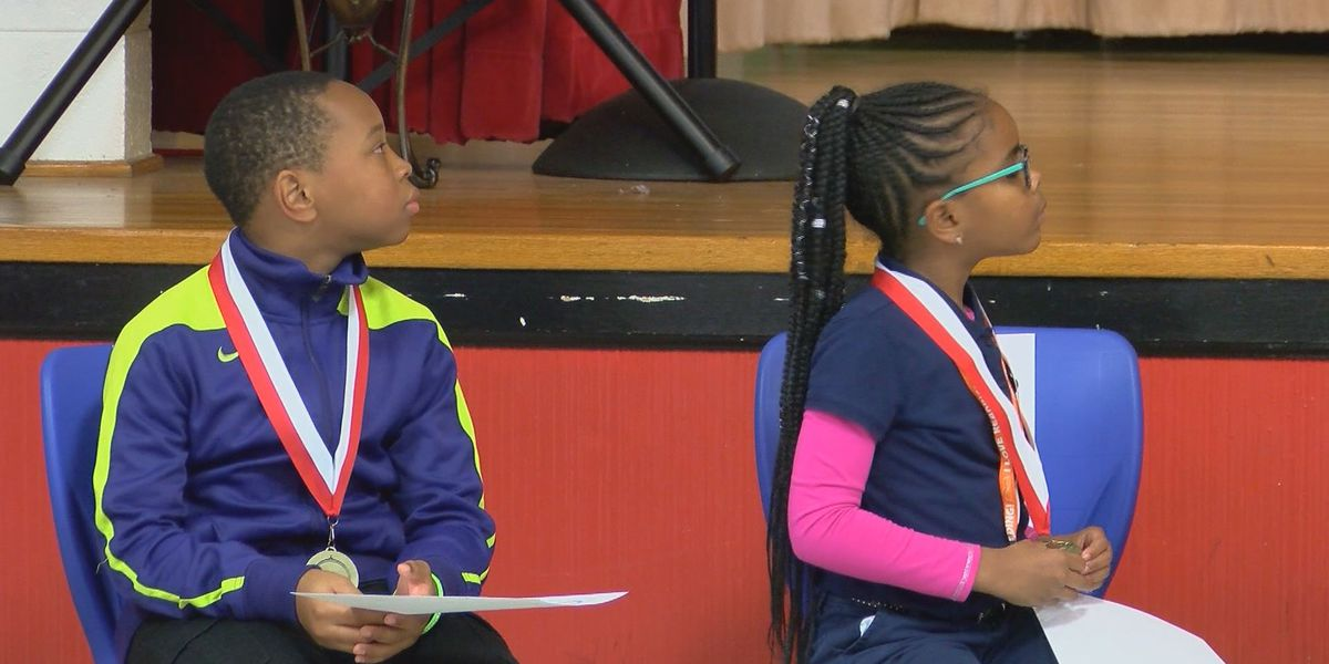 West Town Elementary hosts literacy awards