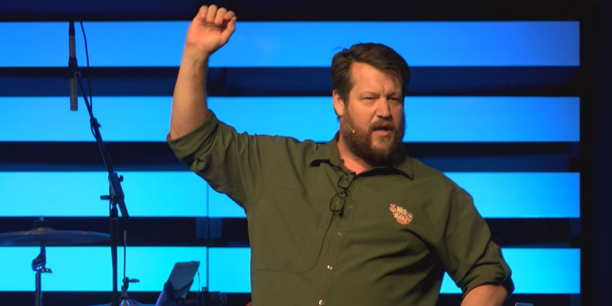 Rick Burgess stresses importance of males as spiritual leaders