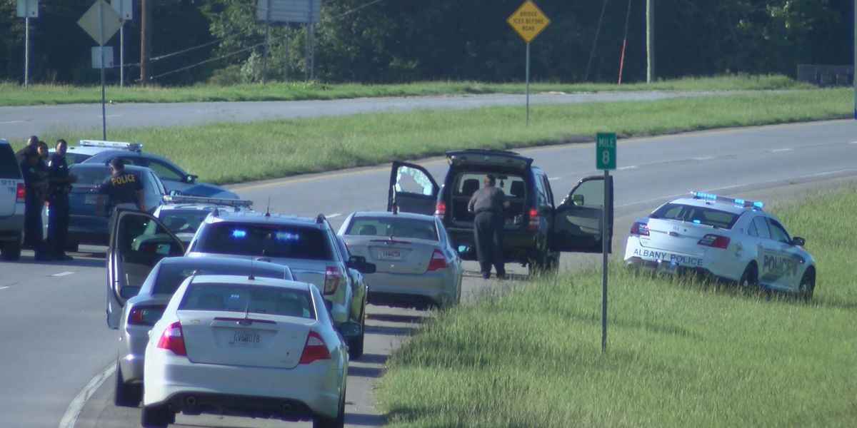 Body found on Liberty Expressway