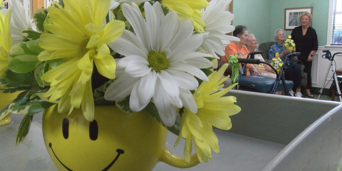 Flower bouquets bring smiles to nursing homes