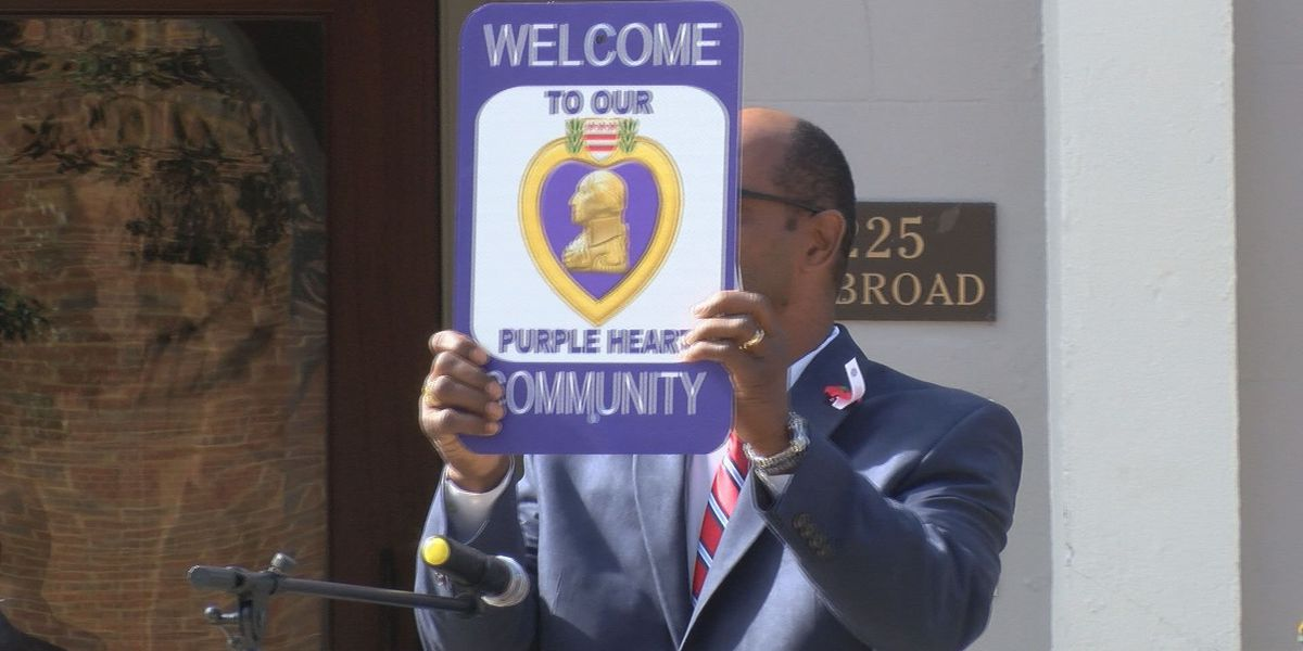 Thomasville gets signs to show it's a Purple Heart city