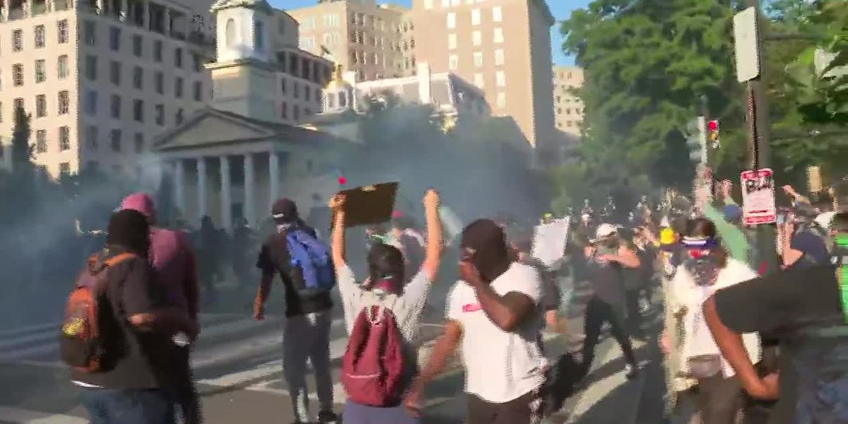 RAW: Police deploy tear gas on protesters in DC
