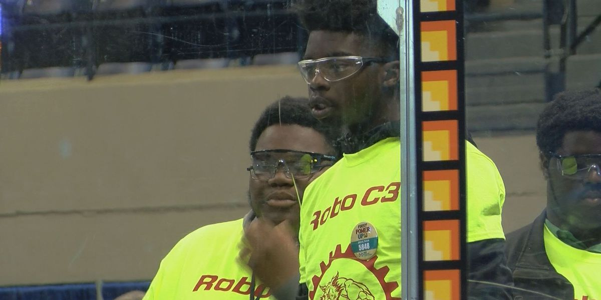 Robotics competition begins in Albany