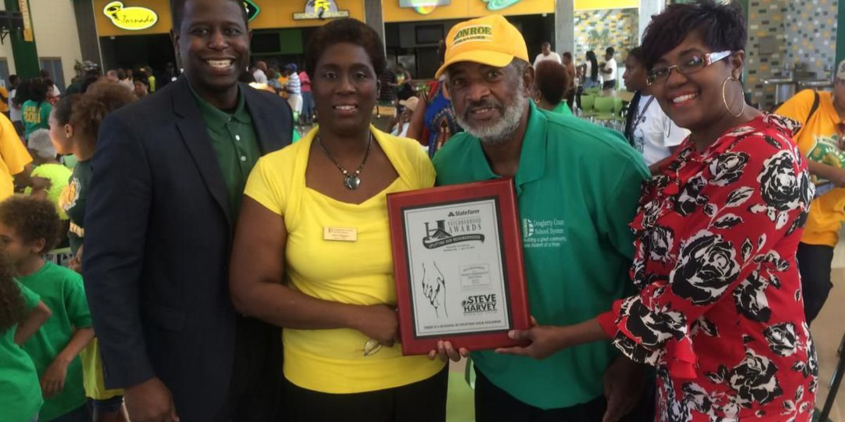 Community celebrates Monroe High School's national recognition