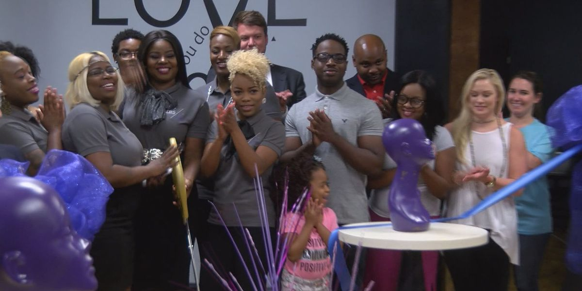 Albany salon has grand re-opening