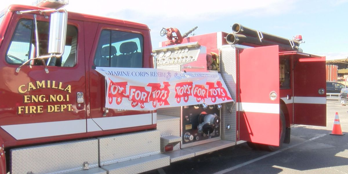 Mitchell Co. Toys For Tots and Camilla Fire Dept. hold 'Stuff the Fire Truck' toy drive