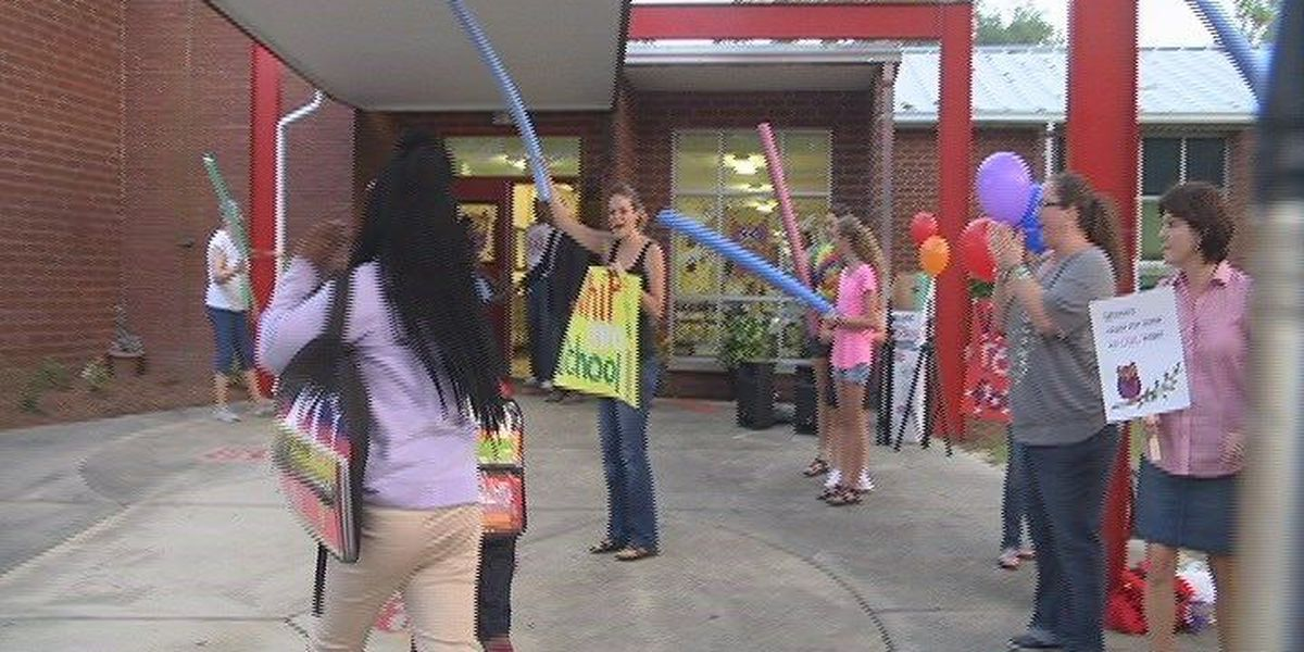 Mission Change members welcome students for first day