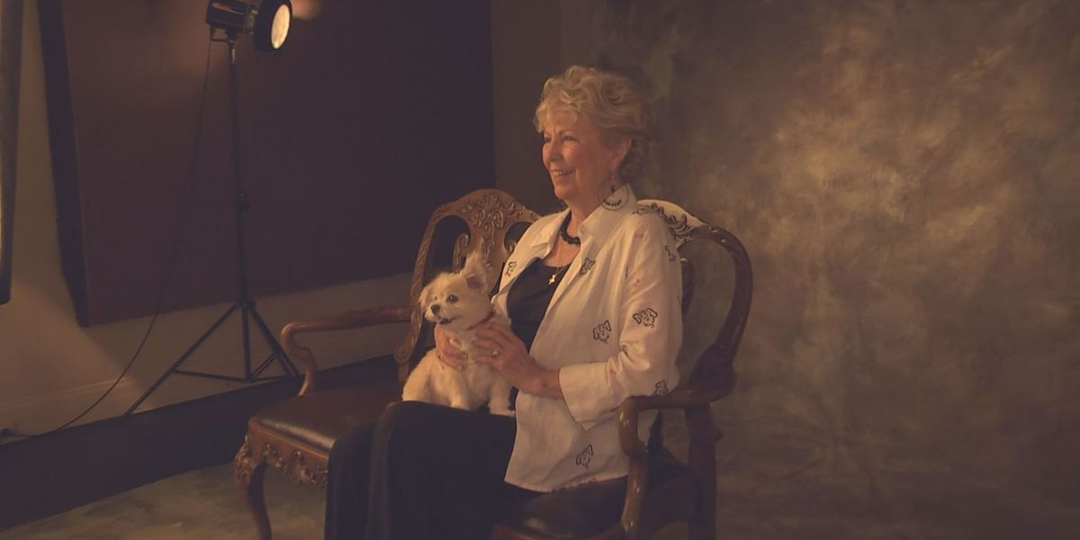 Albany woman supports humane society with photography