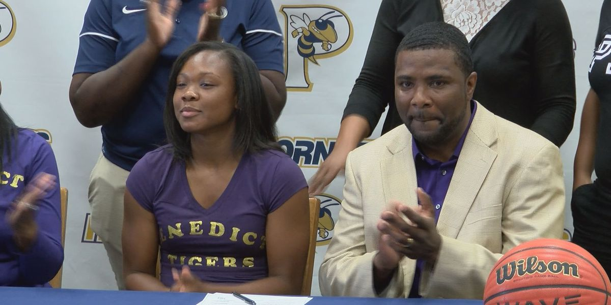 Lady Hornets third all-time scorer signs with Benedict College
