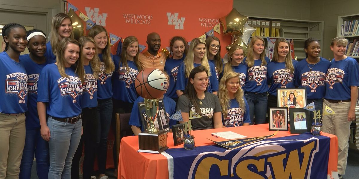 Westwood star Karlie Jones is sticking with South Georgia and headed to GSW