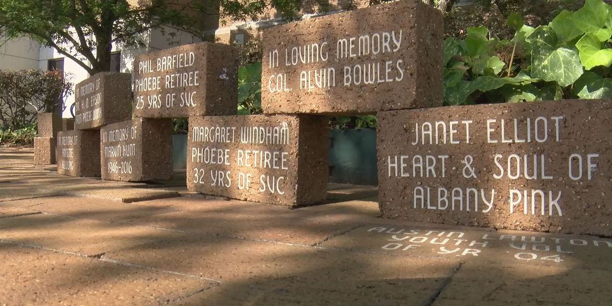 65 people honored at Phoebe's Paver Dedication Ceremony