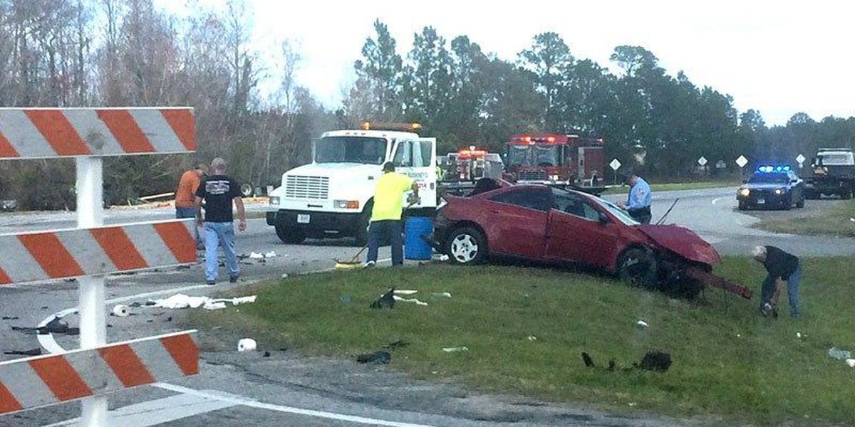 Fatal wreck re-routes Lowndes traffic